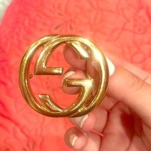 Authentic Gucci Belt buckle. Good condition.